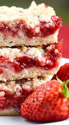 Strawberry Crumb Bars ❊