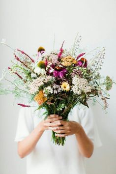 Bouquet of wild flowers My Flower, Fresh Flowers, Wild Flowers, Beautiful Flowers, Spring Flowers, Unique Flowers, Flower Girls, Beautiful Bouquets, Spring Bouquet