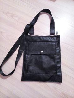 leather bag Leather Wallets, Leather Bags, Leather Backpacks, Messenger Bag, Satchel, Handmade, Leather Tote Handbags, Leather Book Bag, Hand Made