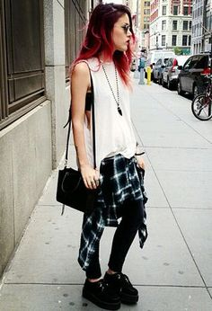 Grunge outfits, grunge fashion и creepers shoes outfit. Grunge Look, Grunge Style, 90s Grunge, Punk Fashion, Grunge Fashion, Girl Fashion, Fashion Outfits, Grunge Outfits, Tokyo Street Fashion