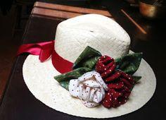 Voglio il mondo a colori - Cappello paglia con rose tessuto