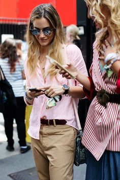 Chinos, Clubmasters & Loose, pink cotton shirt. Effortless outfit. Milan