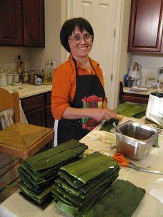 Mom making banh la.