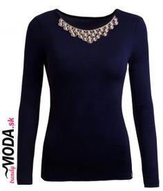 Štýlove dámske tmavomodré tričko s dlhým rukávom s ozdobným náhrdelníkom, ktorý je našitý na tričku.-trendymoda.sk Blouse, Long Sleeve, Sleeves, Sweaters, Women, Fashion, Moda, Long Dress Patterns, Fashion Styles
