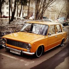 This is either a Fiat 124 or the VAZ-2101/LADA1200. I need one of these.