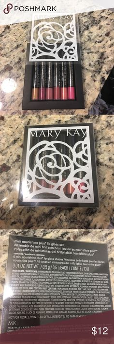 Mark Kay mini lip gloss set New - never used!! Has 6 mini lip glosses: beach bronze, berry dazzle, cafe Au lait, red passion, fancy Nancy, and shock tart Mary Kay Makeup Lip Balm & Gloss