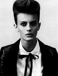 "Variations on the ""Teddy Girls"" theme list Teddy Boys, Teddy Girl, Androgynous People, Androgynous Fashion, Tomboy Fashion, Girl Fashion, Crazy Hair, Big Hair, Hair Bow"