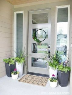 Do you need inspiration to make some DIY Farmhouse Front Porch Decorating Ideas in your Home? When you are trying to create your own unique Farmhouse Front Porch design, you will want to use ideas from those that are… Continue Reading → Front Door Plants, Front Porch Planters, Front Door Porch, Front Porch Design, Front Door Entrance, Front Entrances, Front Door Decor, Entrance Ideas, Entrance Design