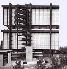 Paris Cité Universitaire (ancien pavillon de l'Iran devenu fondation Avicenne), Claude Parent