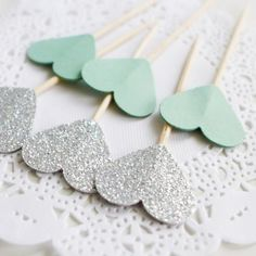 📌 Posted on Shopify : Glitter & Mint Cupcake Toppers http://chillwedding.com/products/glitter-silver-mint-double-sided-heart-1in-cupcake-toppers-wedding-food-picks-engagement-party-favors-cake-decoration-supplies?utm_campaign=crowdfire&utm_content=crowdfire&utm_medium=social&utm_source=pinterest