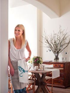 Gwyneth Paltrow Easter Lunch in London with Remodelista