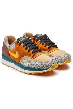 cheap for discount 86e80 13395 NIKE AIR SAFARI SE SUEDE LEATHER SNEAKERS.  nike  shoes Sneakers Casuales,  Zapatillas