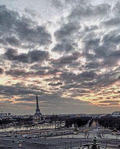 City of L♥️VE – The Tales of Paris – Bebe Shamo Paris Skyline, New York Skyline, Paris Outfits, Outfit Ideas, City, Travel, Bebe, Paris Clothes, Trips
