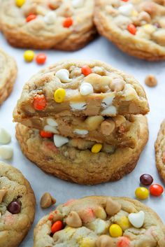 White Chocolate Reese's Pieces Peanut Butter Chip Cookies - Baker by Nature Peanut Butter Chip Cookies, Chocolate Chunk Cookies, Just Desserts, Delicious Desserts, Yummy Food, Fall Desserts, Yummy Treats, Sweet Treats, Cookie Recipes