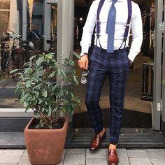 #GBespoke Love this style worn by @r3zap3rz || Gentleman's Bespoke inspiration |  #gentlemansbespoke #gent  #Inspirationsstyle #Inspirationsluxury #suits #tie #suitandtie #mensfashion #menstyle #menswear #bespoke  #stylegram #styleformen  #class #classymen  #moderngentleman #moderndaygent #gentswear #gentlemansfashion #menwithclass #wristgame #wristwear #armcandy #classy #dapper #debonair #ootd #style