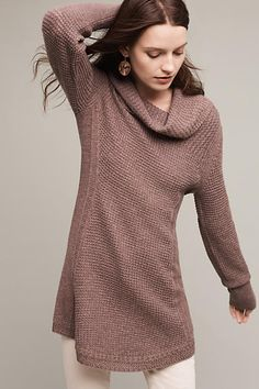 Love the color and length of this sweater.  Pretty with the white jean