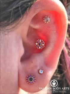 This gorgeous ear belongs to our awesome client Jennifer. She has a knack for picking out the prettiest jewelry. In her upper cartilage piercing (pierced by Cody) she's wearing a Firenze made from. Piercing Implant, Ear Lobe Piercings, Body Piercings, Bvla Jewelry, Jewlery, Multiple Earrings, Jewelry For Her, Pink Tourmaline, Crystal Earrings