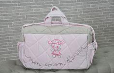 un des modèles  de sac de maternité Mon cocon d'Amour