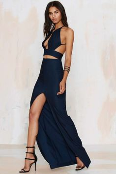 These swoon-worthy maxi dresses should be top of your list when it comes to completing your new season wardrobe, so what you waitin' for? Satin Dresses, Sexy Dresses, Fashion Dresses, Formal Dresses, Formal Wear, Look Fashion, Timeless Fashion, Girl Fashion, Dance Outfits