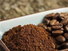 Jak znovu využít kávovou sedlinu Yemeni Food, Dog Food Recipes, Almond, Candy, Cookies, Chocolate, Health, Desserts, Organizing