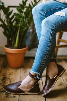 Beautiful Handmade Naturally Dyed Leather Sandals | Crupon on Etsy