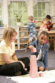 Intro to Montessori Education.  www.spanish-school-herradura.com  Family courses Spanish