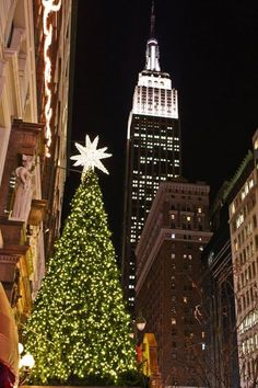 Christmas Tree Macys on 34th Street NYC http://ift.tt/1RE86cV