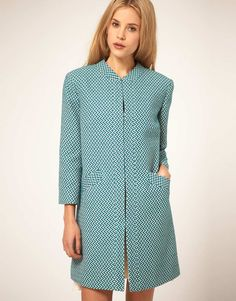 zig zag coat --i love the cut of the coat...but i think the zig zag pattern could give me a headache