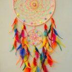 Tina's handicraft : 14 designs for dreamcatcher Dream Catcher Craft, Dream Catcher Mobile, Los Dreamcatchers, Beautiful Dream Catchers, Diy And Crafts, Arts And Crafts, Diy Y Manualidades, Ribbon Design, Crochet For Kids