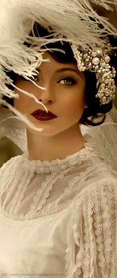 Beautiful make up * red lips * pearls in hair * white top *