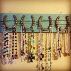 Projects for Apartment! We have plenty of horse shoes around the house!                                                                                                                                                      More