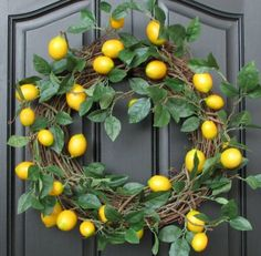 A perfect wreath for the holidays (or anytime) for those of us living in the sunny Southwest.