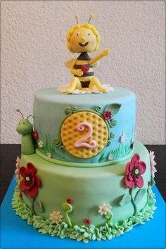 Maya the bee - Cake by GigiZe