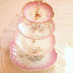 vintage wedding cake stands by our friend Lisa Marie of High Tea for Alice. Lisa Marie creates some of the most incredible vintage wedding cake stands . Vintage Cake Plates, Vintage Cake Stands, Vintage Dishes, Vintage China, Vintage Tea, Wedding Vintage, Vintage Stuff, Trendy Wedding, Vintage Cars