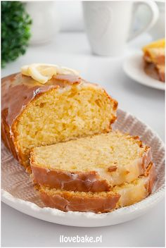 Babka cytrynowa ze śmietaną - I Love Bake Pie Dessert, Pound Cake, Cornbread, Vanilla Cake, Baked Goods, French Toast, Good Food, Food And Drink, Cooking Recipes