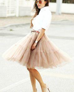 ¿Quieres tu falda de tull? Consíguela en #BeLoGui y luce así de espectacular Descárgate la #app GRATIS www.belogui.comy disfruta de toda la #modafemenina #modainfantil y #modamasculina a un sólo clic #TuVestidorOnline #CuelateEnMiVestidor #segundamano #se