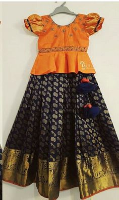 Kids Blouse Designs, Sari Blouse Designs, Traditional Dresses Designs, Kids Ethnic Wear, Kids Dress Wear, Kids Frocks Design, Baby Dress Design, Kids Lehenga, Skirts For Kids