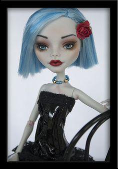 Charisma Ooak Custom Monster High Ghoulia Repaint Ivyheart Julieelizabeth | eBay