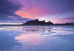 Великобритания, Англия, замок, море, пляж, вечером, голубой, сиреневый, небо, закат, облака, облака вектор