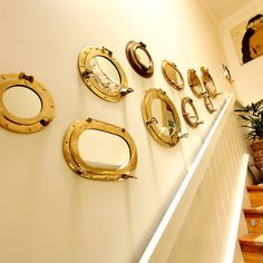 Ideas for Nautical Porthole Mirror Gallery Walls! CC: http://www.completely-coastal.com/2015/03/nautical-porthole-mirror-gallery-wall.html