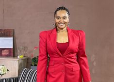 Noeleen Maholwana-Sangqu has just shared a hot look on her Instagram page that has made her fans go wild. The post Noeleen Maholwana-Sangqu drives fans wild as she flaunts her amazing body in a hot red suit appeared first on All4Women.