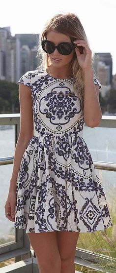 white and blue cute and flirty paisley print mini dress with cap sleeves, high neckline and knife pleats Summer Dresses Pretty Dresses, Beautiful Dresses, Gorgeous Dress, Elegant Dresses, Sexy Dresses, Formal Dresses, Wedding Dresses, Dress Skirt, Dress Up