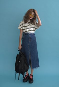 69 Super Ideas For Fashion Girl Skirt Shoes Source by chinita_policia fashion Korean Fashion Trends, Korean Street Fashion, Korea Fashion, Asian Fashion, Look Fashion, Trendy Fashion, Girl Fashion, Fashion Outfits, Womens Fashion