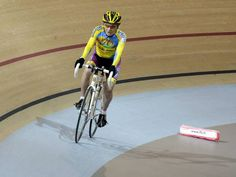 Cycling: 102-year-old Frenchman Robert Marchand beats own world record