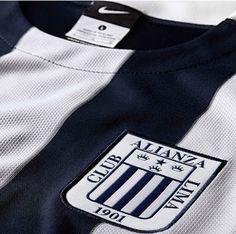 Desvelado el diseño de la camiseta de Alianza de Lima 2015