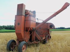 Rear of Allis CHalmers 100 All Crop self propelled combine