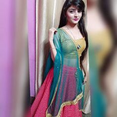 Girls Dp Stylish, Stylish Girl Images, Beautiful Bollywood Actress, Most Beautiful Indian Actress, Photography Poses Women, Girl Photography, Cute Girl Pic, Cool Girl, Girl Pictures