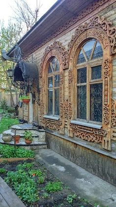 42 Ideas For House Architecture City Beautiful Wooden Architecture, Russian Architecture, Beautiful Architecture, Architecture Details, House Architecture, Wooden Windows, Wooden Doors, Windows And Doors, Portal