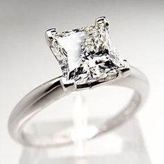 1.5 carat princess cut diamond solitaire engagement ring