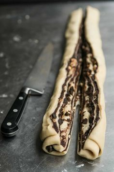 This delicious Babka is packed with dark chocolate and drenched in a tasty honey syrup. A great, moist babka bread recipe from Honey & Co. Hungarian Recipes, Jewish Recipes, Hungarian Food, Bread Recipes, Baking Recipes, Dessert Recipes, Babka Bread, Chocolate Babka, Chocolate Snacks